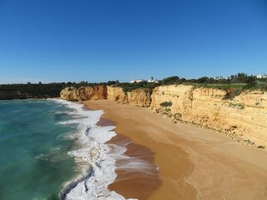 Another stretch of beach in Armação de Pêra