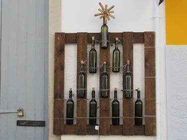 Carol N.....an idea for next Christmas.......a recycling extravaganza!
