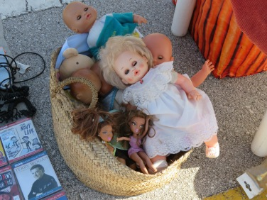 It seemed to be doll and plush toy day at the market...everybody had some for sale.