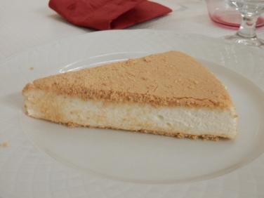 Baked cream pie