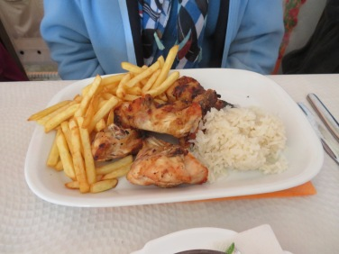 Diane enjoyed grilled frango