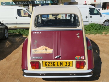 I loved this old Citroen....and it's name....Dolly. My parents had a car named Dolly!