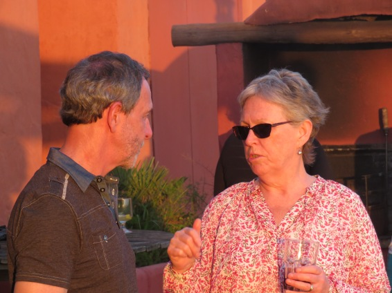 André and Patricia.......how serious does that conversation look??