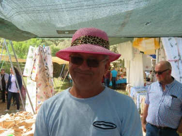 A habit seems to be developing with Marc and women's hats at the markets!!!