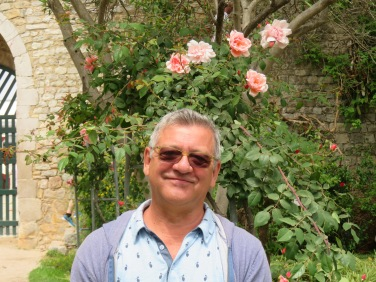 Mr, Marco and the roses int he Castelo gardens.