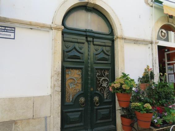 Another fetching doorway.