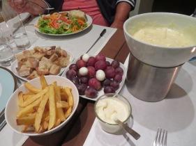 Marc and I shared a wonderful Portuguese cheese fondu......very tasty