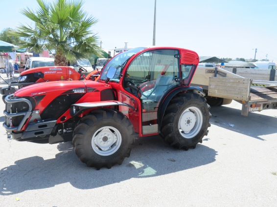 Claudette, I found a tractor for you.....perfect size.