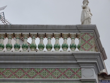 Tiles and balustrade with statue. Really stood out today.